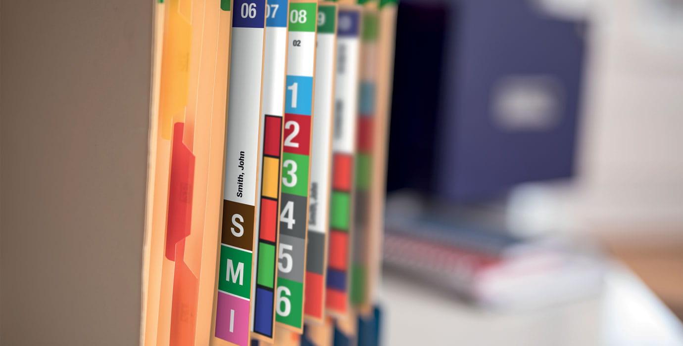 Brother VC-500W цветни етикети върху офис документи